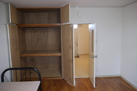 Villa 1 large wardrobe